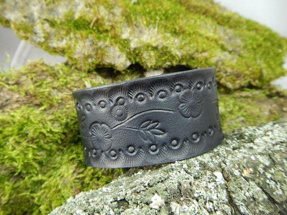 Genuine leather black bracelet Flowers, leather bracelet, mens bracelet, bracelet for women, black leather bracelet, leather cuff