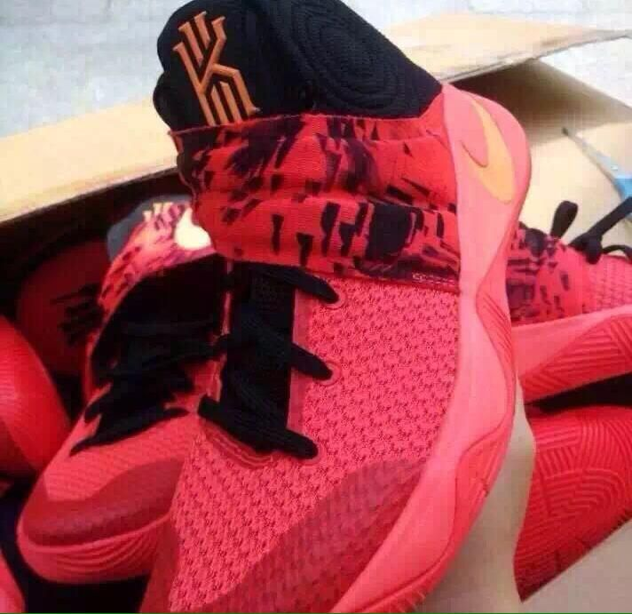 Kyrie Irving's Second Signature Shoe Is Starting to Leak