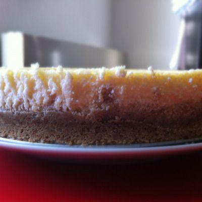 Après avoir goûté le meilleur cheesecakede ma vie a Chicago à la CheesecakeFactory, j'ai décidé de réaliser moi même un vrai cheesecakeaméricain. Pour la recette, j'ai tout simplemen…