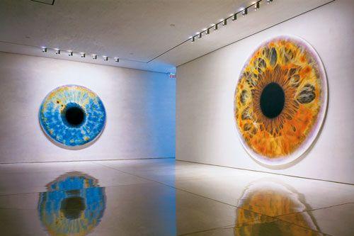 """ Iris "" exhibition by  artist Marc Quinn"