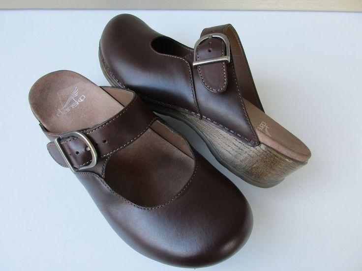 Dansko women shoes 39 / 8.5-9 Brown Clogs Leather