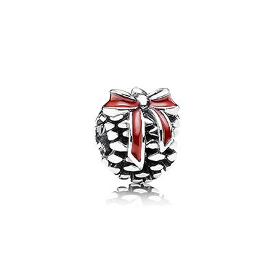 A classic pinecone for the decorations #PANDORAcharm