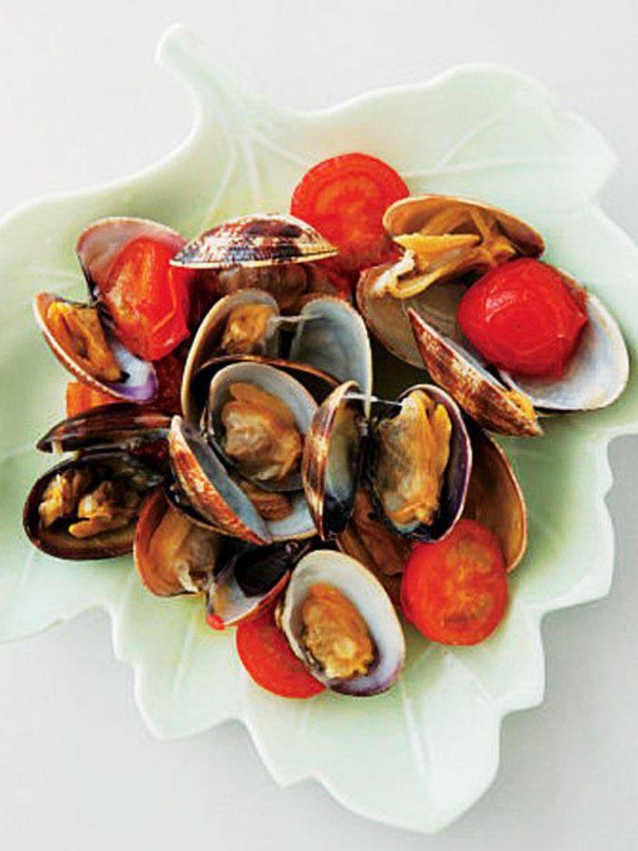 おつまみの定番、酒蒸しを少しおめかし|『ELLE a table』はおしゃれで簡単なレシピが満載!