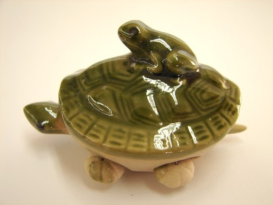 Feng Shui Green Money Frog on Turtle