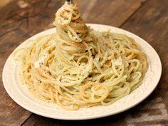 Spaghete cu branza si piper negru - Spaghete cu branza si piper negru
