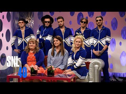 Girlfriends Talk Show with Amy Adams and One Direction - Saturday Night Live