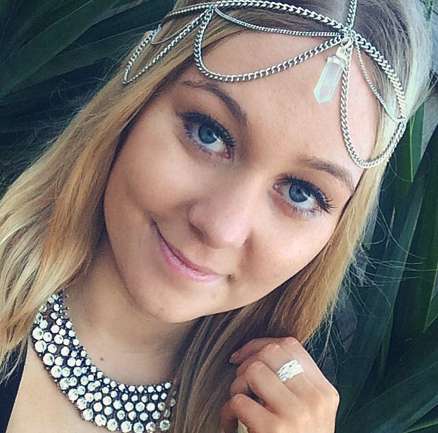 Crystal Choker Statement Necklace and Quartz Head Chain