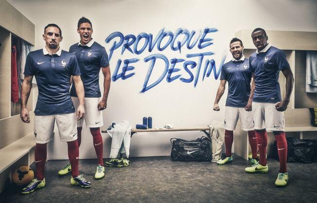 Nike aprovecha la clasificación de Francia para presentar su camiseta para Brasil 2014