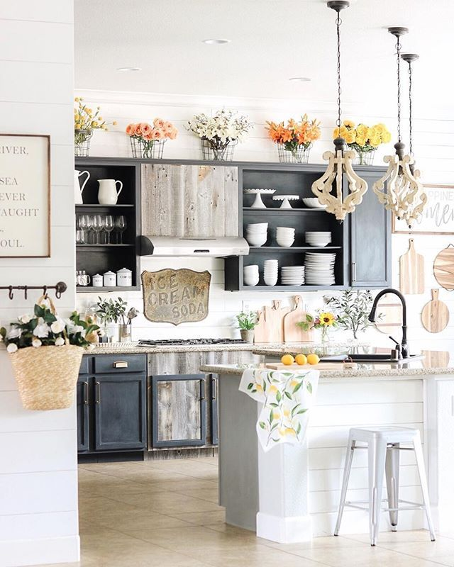 Decorate A Farmhouse Kitchen Cottage Kitchen Inspiration French