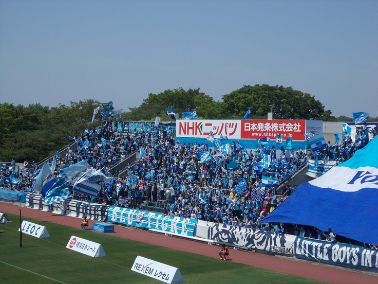 Yokohama FC gegen Avispa Fukuoka in Nippatsumitsuzawa-stadion 06.05.2013    横浜FCvsアビスパ福岡 2013年度J2第13節 ニッパツ三ツ沢競技場