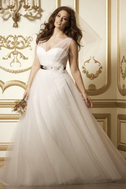 131 best Plus Wedding Dresses images on Pinterest | Short wedding ...