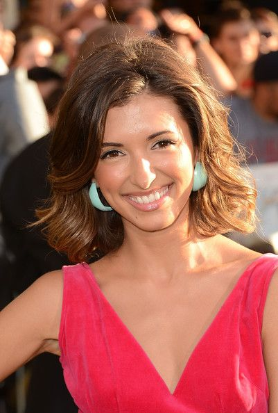 India de Beaufort Medium Wavy Cut: Haistyle Hairstyles, Simple Hairstyles, Hair Styles, Luxurious Hairstyles, Beaufort Medium, Hairstyles Hair, Medium Hairstyles, Hair Color