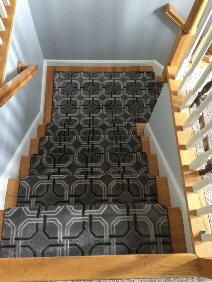 Best 1000 Images About Stair Runners With Pie Turns Landings 400 x 300