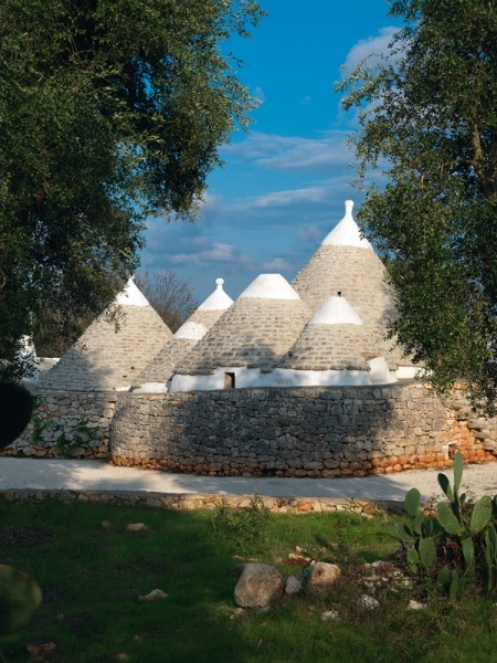 Trullo (traditional dry stone hut) in Puglia, Italy