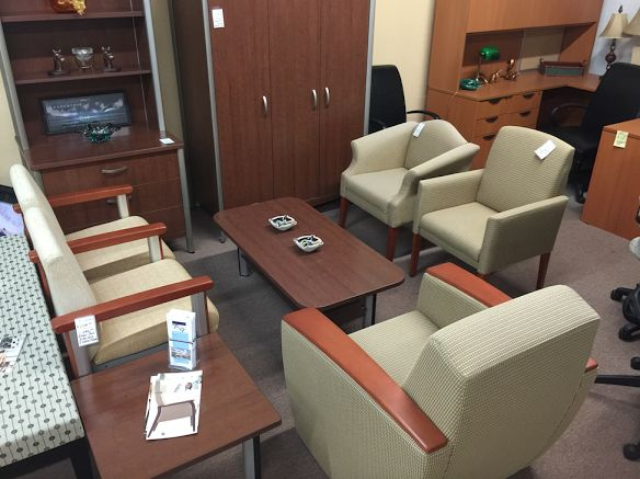 Dont Let Your Patients Have An Uncomfortable Wait Get New Comfortable And Germ Resistant Healthcare Waiting Room Office Furniture Today