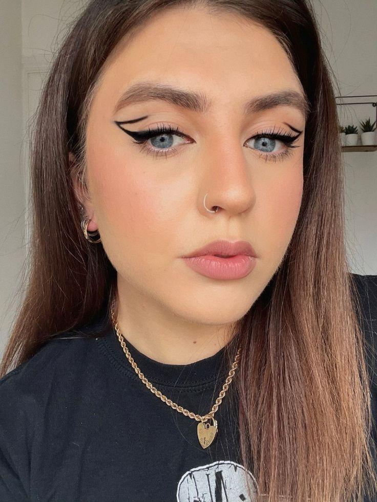 Black graphic eyeliner