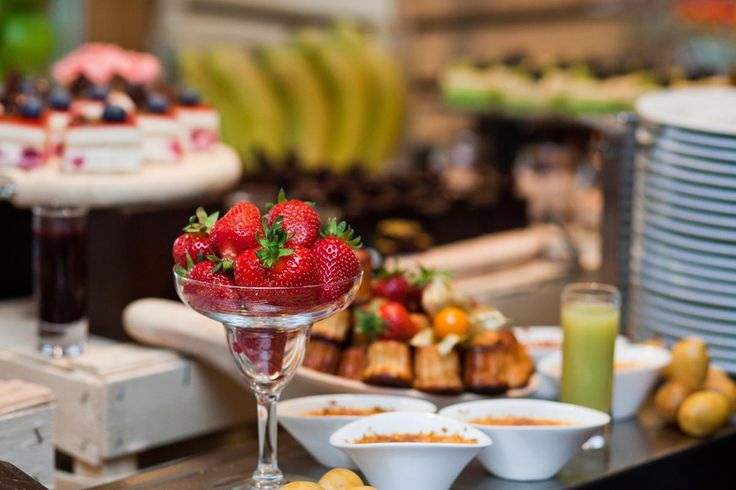 Vibrant, colourful and healthy - this is our Sunday Brunch