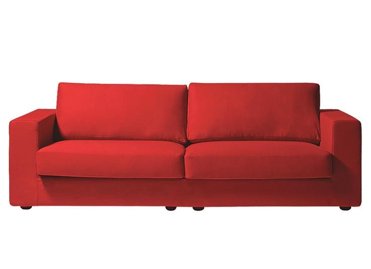 Amo sofás vermelhos!acho super legal descontraído, fashion, sofisticado!
