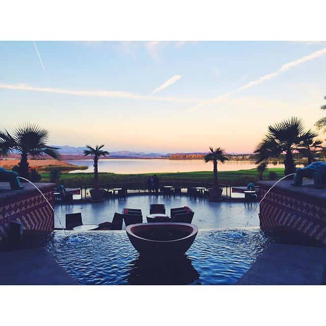 Experience a world class Henderson hotel when you book with Starwood at The Westin Lake Las Vegas Resort & Spa. Receive our best rates guaranteed plus complimentary Wi-Fi for SPG members.