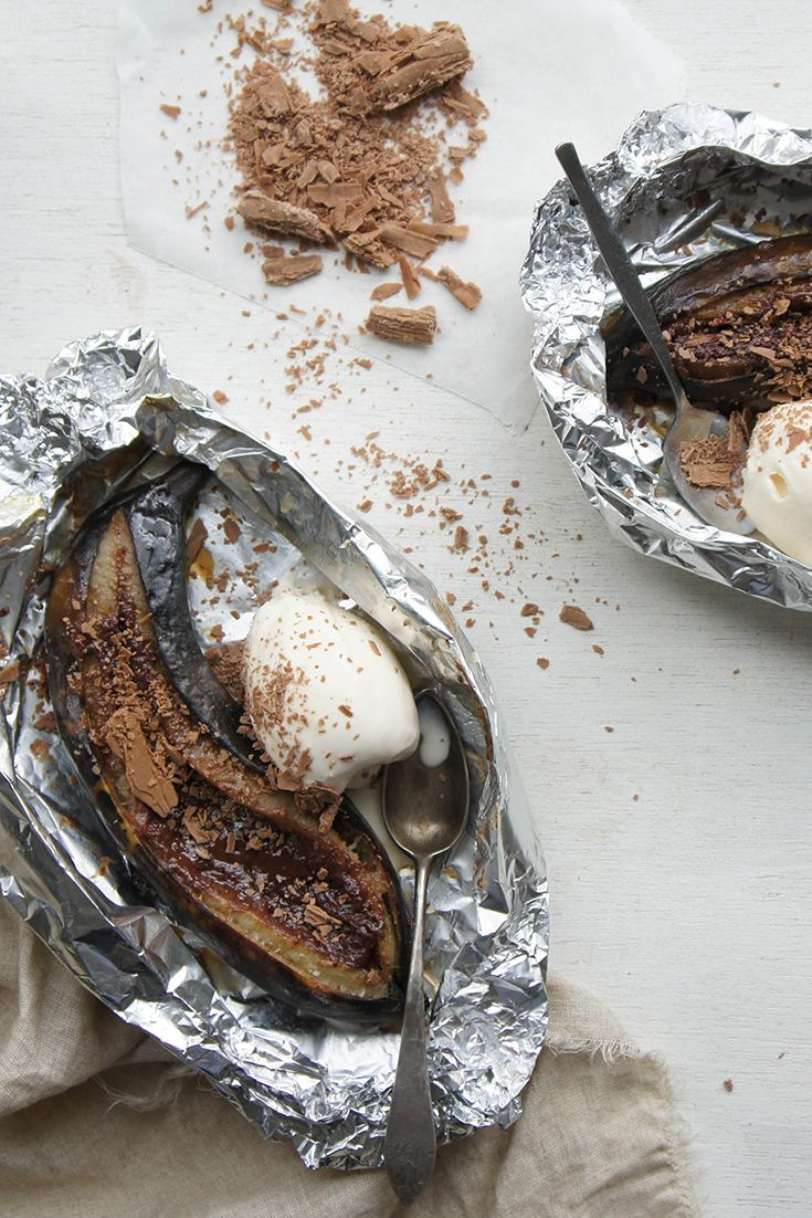 All we have to say about these Flake Baked Bananas by notsobendywendy is OMG! Yuuuuuuuuuuuum!