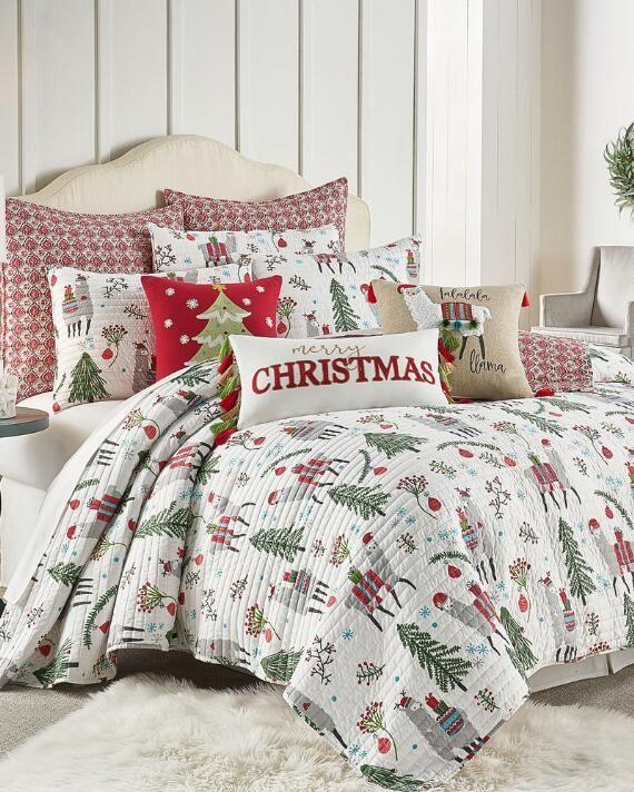 Bright Fa La Llama Luxury Quilt, Queen Size Holiday Bedding