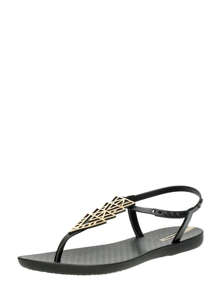 Ipanema Charm sandal zwart met gouden accessoire