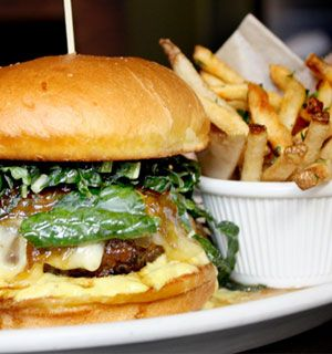 While restaurants that start badly very rarely get good, eateries that open strong often fade away. The staff leaves, or the recipes change, or maybe the restaurant tries to expand too quickly. It'...