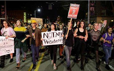"""Trump ganó con los votos de la clase trabajadora. Los """"banksters"""" y Soros sacan a las calles a los """"izquierdistas"""" descontentos con el resultado de las urnas – The Bosch's Blog"""