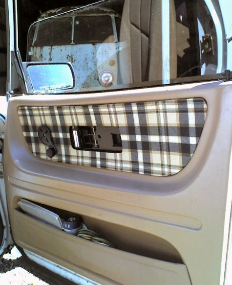 DIY car upholstery - I must try this on Grrrrenzo! I'm thinking leopard print.
