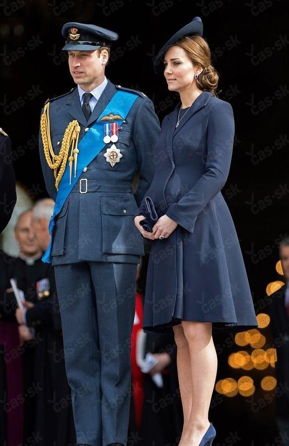 Vojvodkyňa má silnú konkurenciu: Kate, pozri, kto ti šliape na päty!