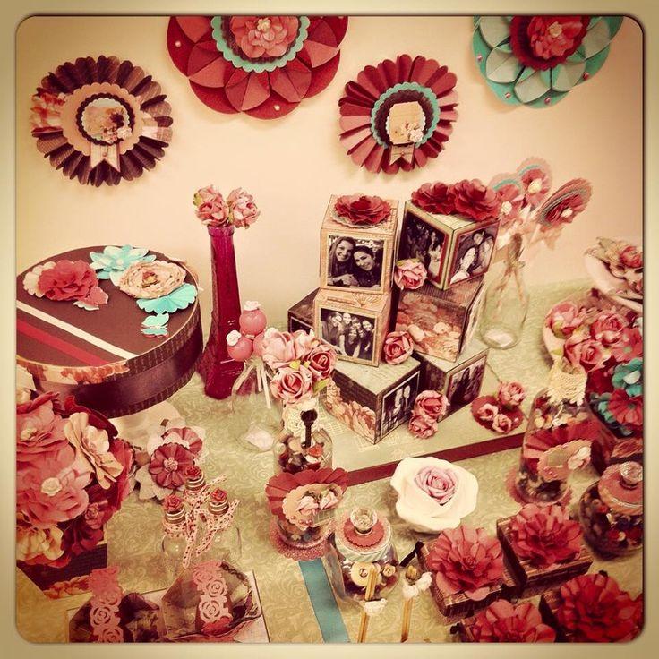 mesa decorada - tema floral - detalhe para rossetas
