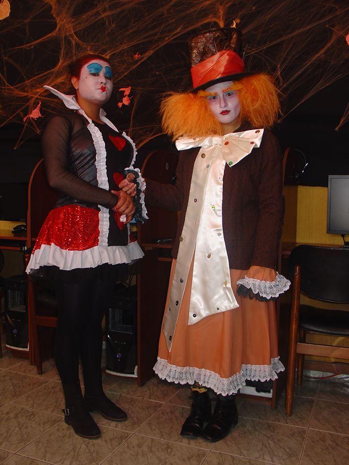 Johana Gil y Juliana Cubillos. Maquillaje por Juliana Cubillos. Halloween  2013.
