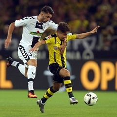 Bundesliga - Borussia Dortmund v SC Freiburg