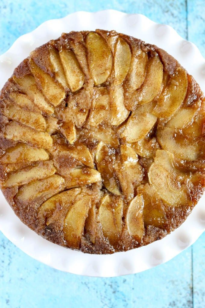 Caramel Apple Upside-Down Cake – A sweet and moist cake that's perfect for Fall!