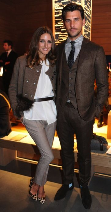 the most stylish coupleSuits Of Clothing, Boys Meeting Girls, Brown Suits, Awkward Moments, Leopards Shoes, Stylish Couples, Men Fashion, Olivia Palermo, Arm Candies