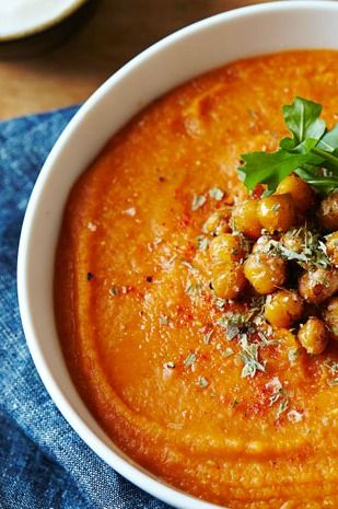Spiced Red Lentil & Carrot Soup with Crispy Chickpeas - #HealthyFoods