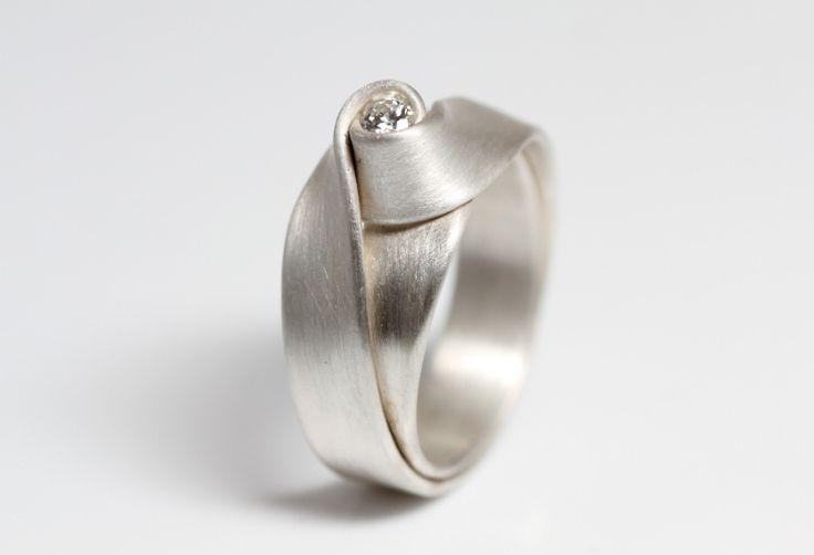 Leen Heyne zilveren ring nr. 2