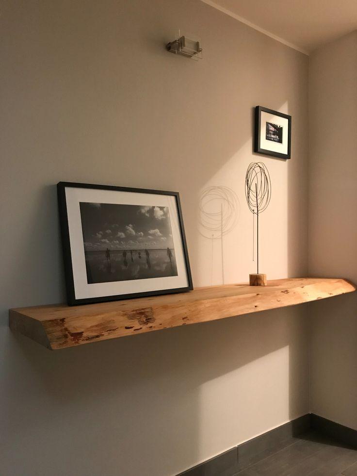 Mensola in legno di cedro. Cedar wood shelf.   Mensola in ...