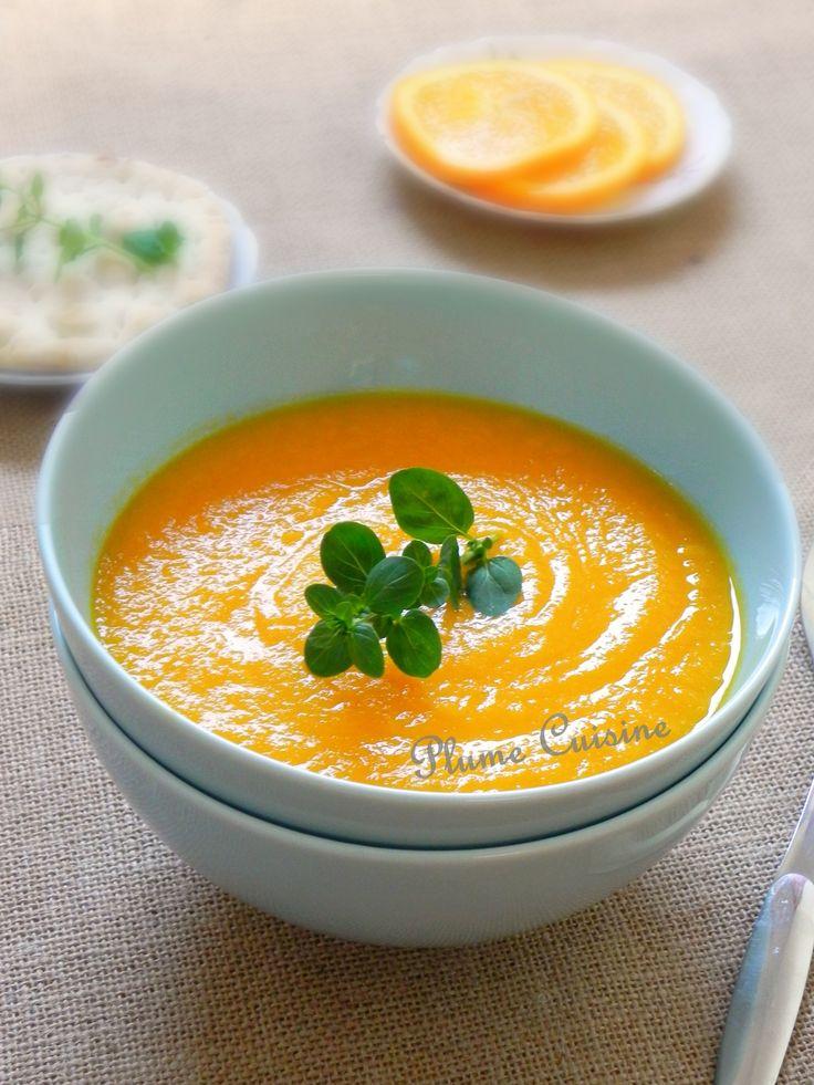 Une délicieuse soupe aux carottes avec un parfum tonifiant d'orange.