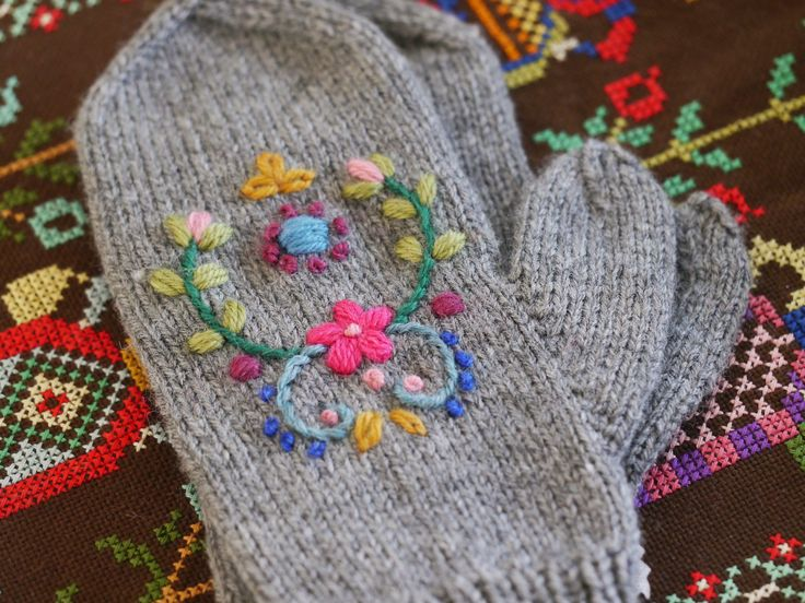 handknitted mittens with folk embroidery