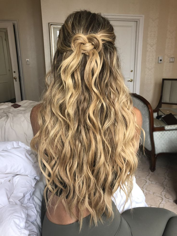 Leximars Hair Styles Maneaddicts Hair Goals Hair Extensions Blonde Hair Updo Heal Long Layered Hair Beauty Hair Extensions Curly Hair Styles Naturally