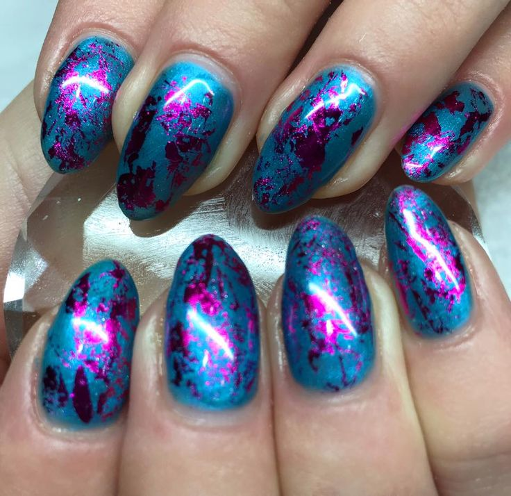 25 trending foil nail designs ideas on pinterest foil nails magenta foil by lecente dabbed onto the tacky dispersal layer of cnd shellac in lost labyrinth on these gorgeous natural nails design by sarah prinsesfo Images