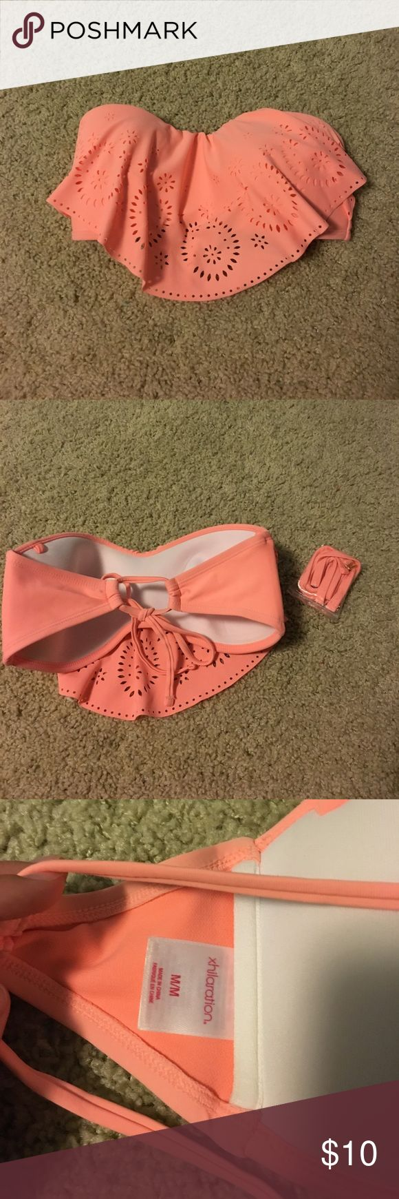 Strapless Target Bikini Top Excellent condition, comes with straps. Open to offers. Xhilaration Swim Bikinis