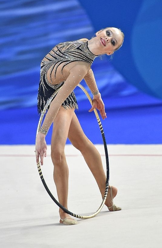 Daria Khizhnyak (Russia), hoop 2014