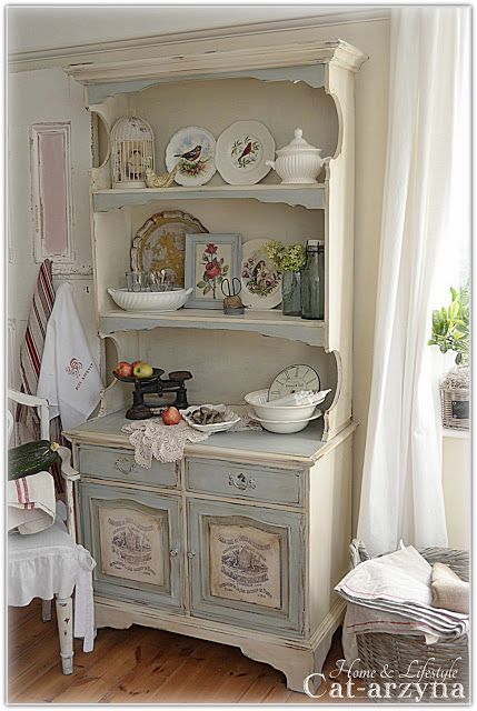 shabby chic painted kitchen cabinets cat arzyna anni sloan chalk paint 25962