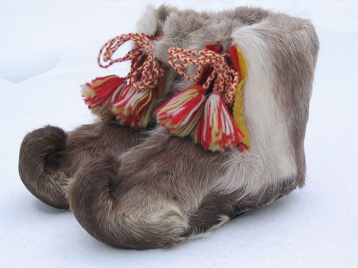 Traditional Sami shoes made of reindeer. Oh my.