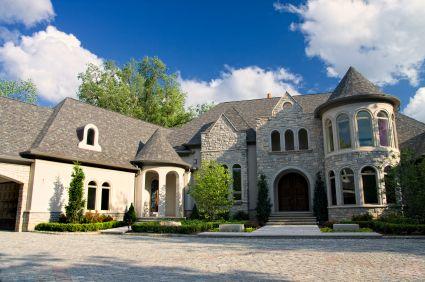 I love houses that look like castles houses i like for Houses that look like castles