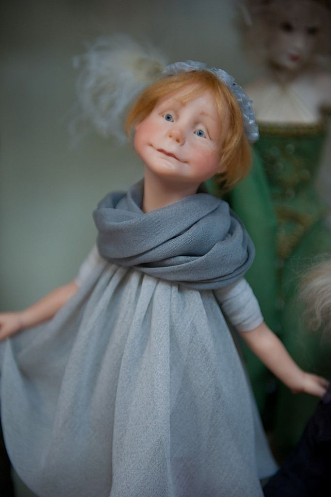Ok, looks like an easy way to dress a doll. My biggest challenge is the clothing part-- I do NOT sew!!