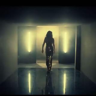 """Elissa ♥️🎶🎵  """"Asaad Wahda""""  @elissazkh #elissa #video #clip #music #sound #listen"""