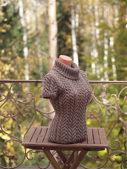 Yummy chocolate brown handmade wool vest is guaranteed to keep you warm. olgaknit.etsy.com or olgaknit.livemaster.ru